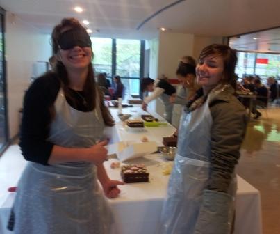 sensibilisation handicap entreprise avec la cuisine